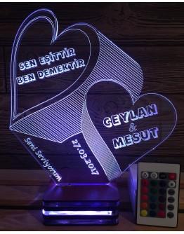 Personalisiertes LED Nachtlicht 3D mit 2 Herzen und Schriftzügen